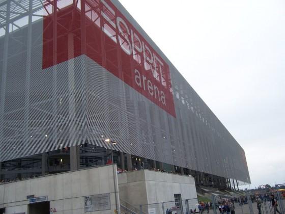 01 Esprit Arena